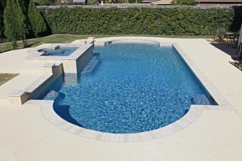 恒温深圳泳池工程需要哪些设备?